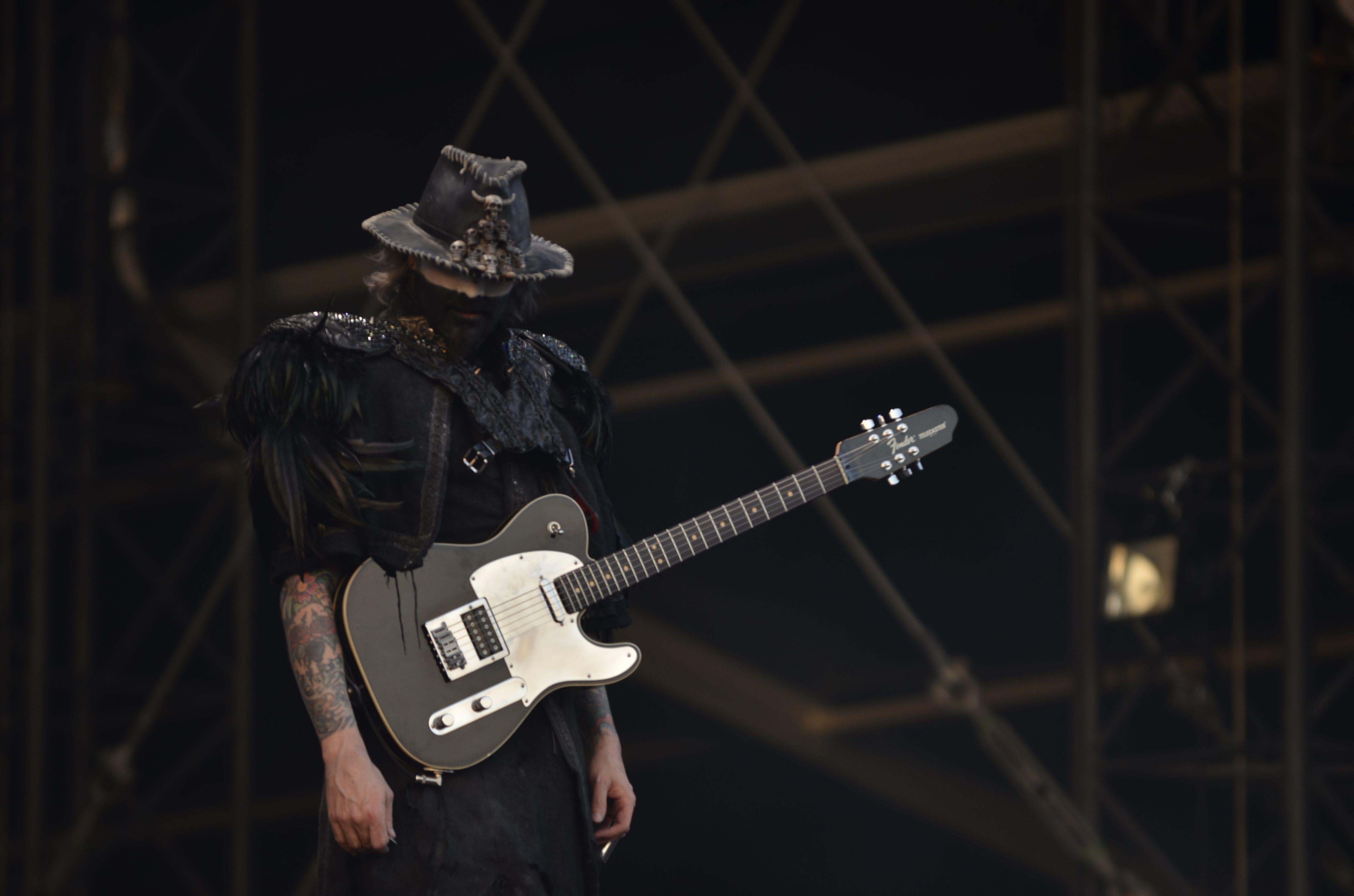 Kostenloses Stock Foto zu aufführung, fels, festival, gitarre