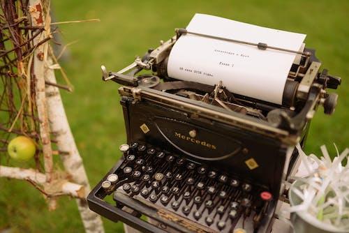 Free stock photo of decor, mercedes, typewriter, vintage typewriter