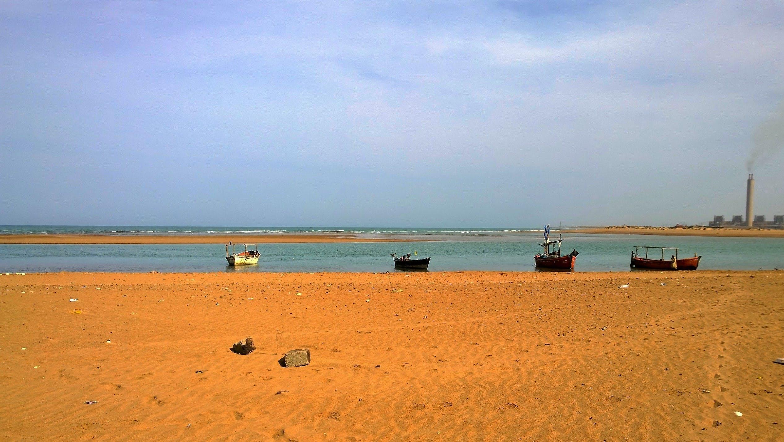beach, boats, karachi