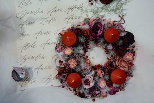 Foto profissional grátis de celebração, coroa, decoração de Natal, feriado