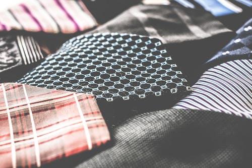 Fotobanka sbezplatnými fotkami na tému obchodné oblečenie, pánska móda, pánske oblečenie, textúra