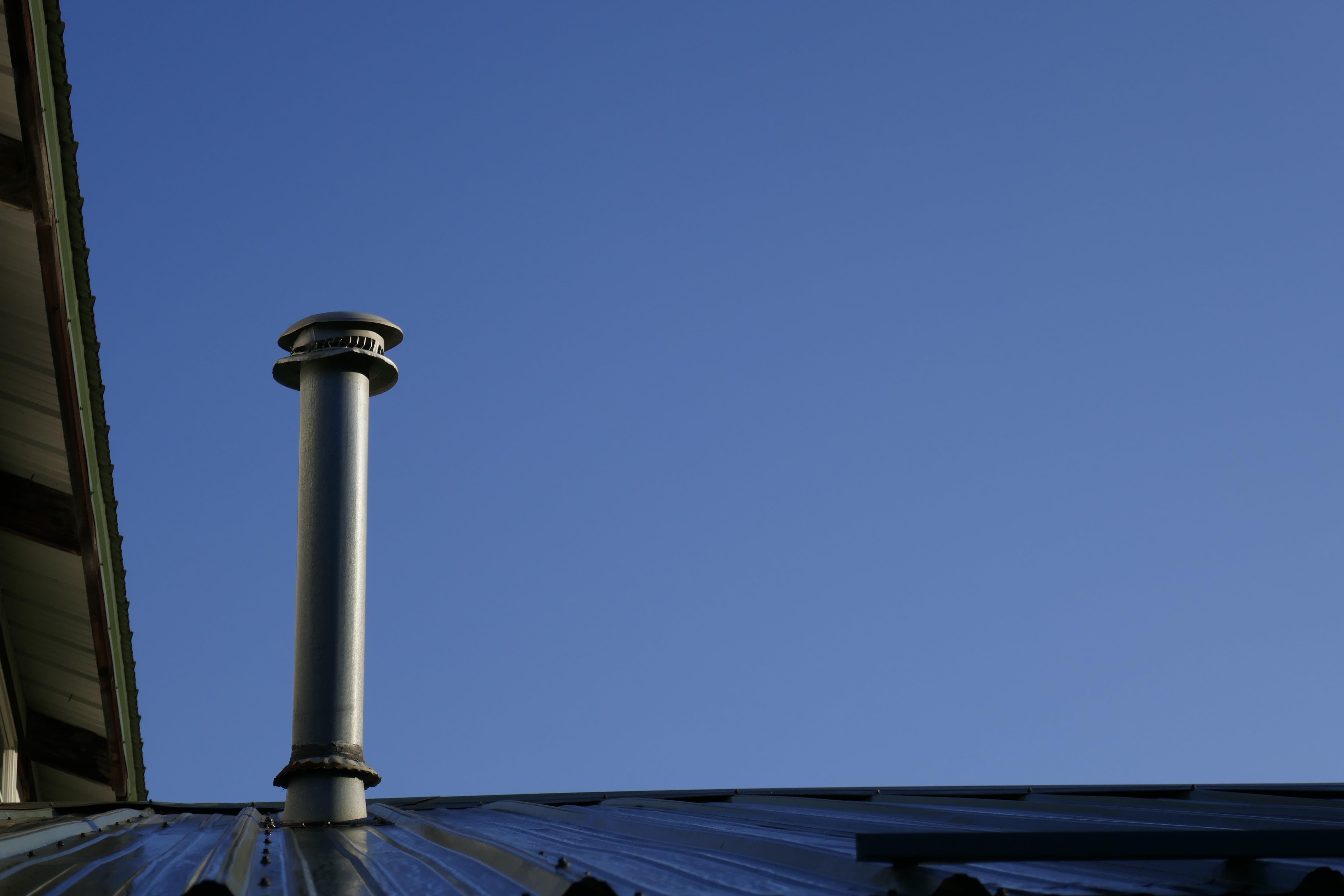 Kostenloses Stock Foto zu dach, ofenrohr