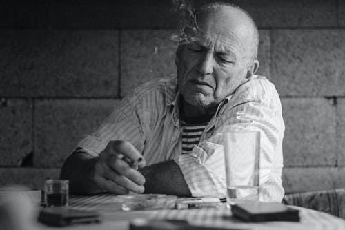 Ingyenes stockfotó alkohol, cigaretta, fájdalom, nikotin témában