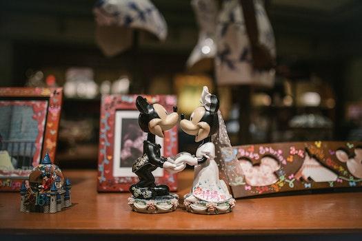 Free stock photo of love, sculpture, wedding, mickey