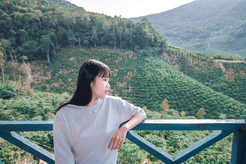 亞洲女人, 亞洲女孩, 亞洲女性, 側面圖 的 免費圖庫相片