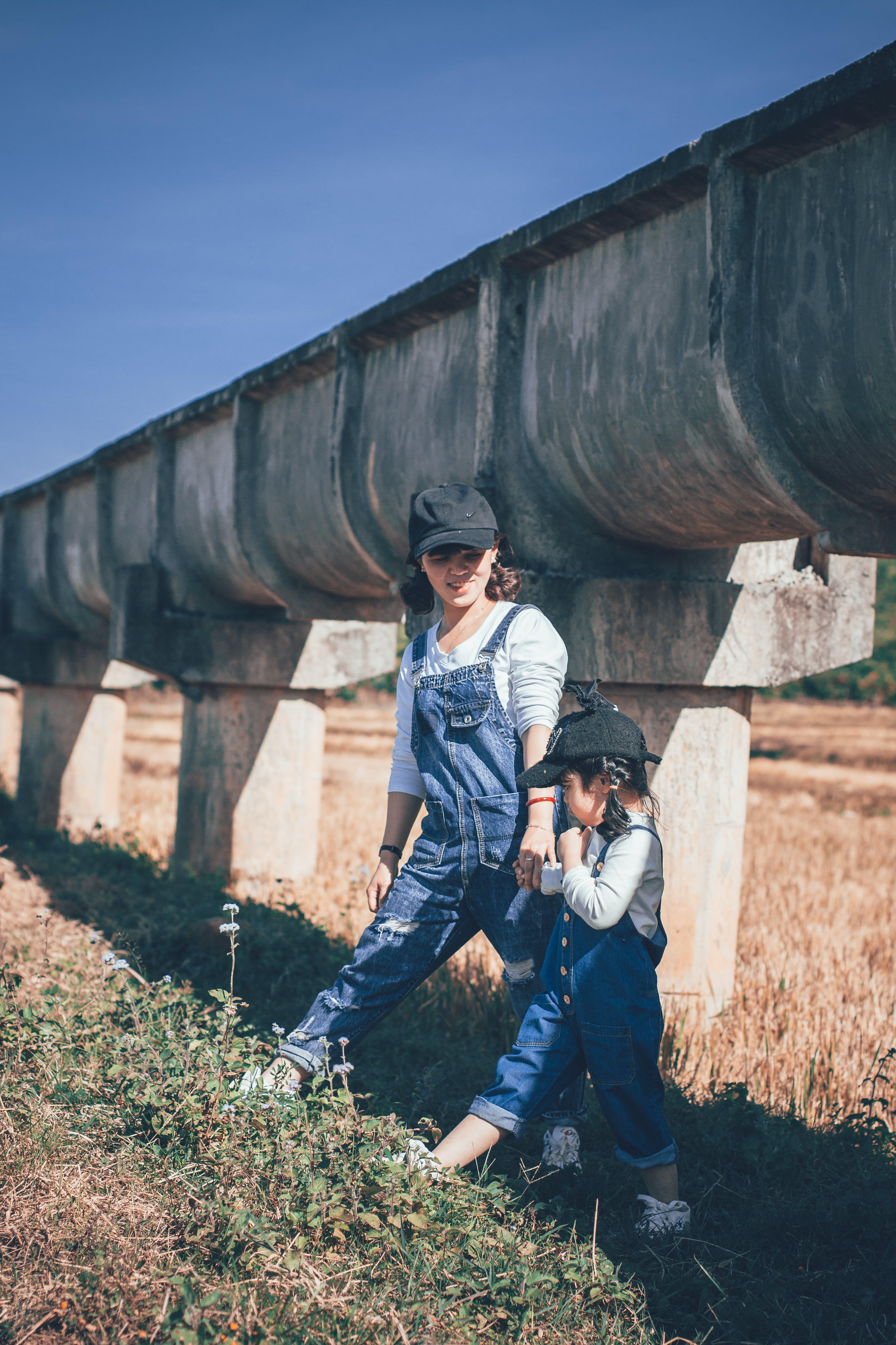 休閒, 兒童, 夏天, 女人 的 免费素材照片