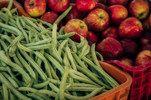 Green Beans And Red Apples