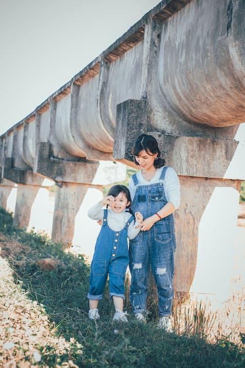 Gratis arkivbilde med asiatisk jente, barn, bruke, datter