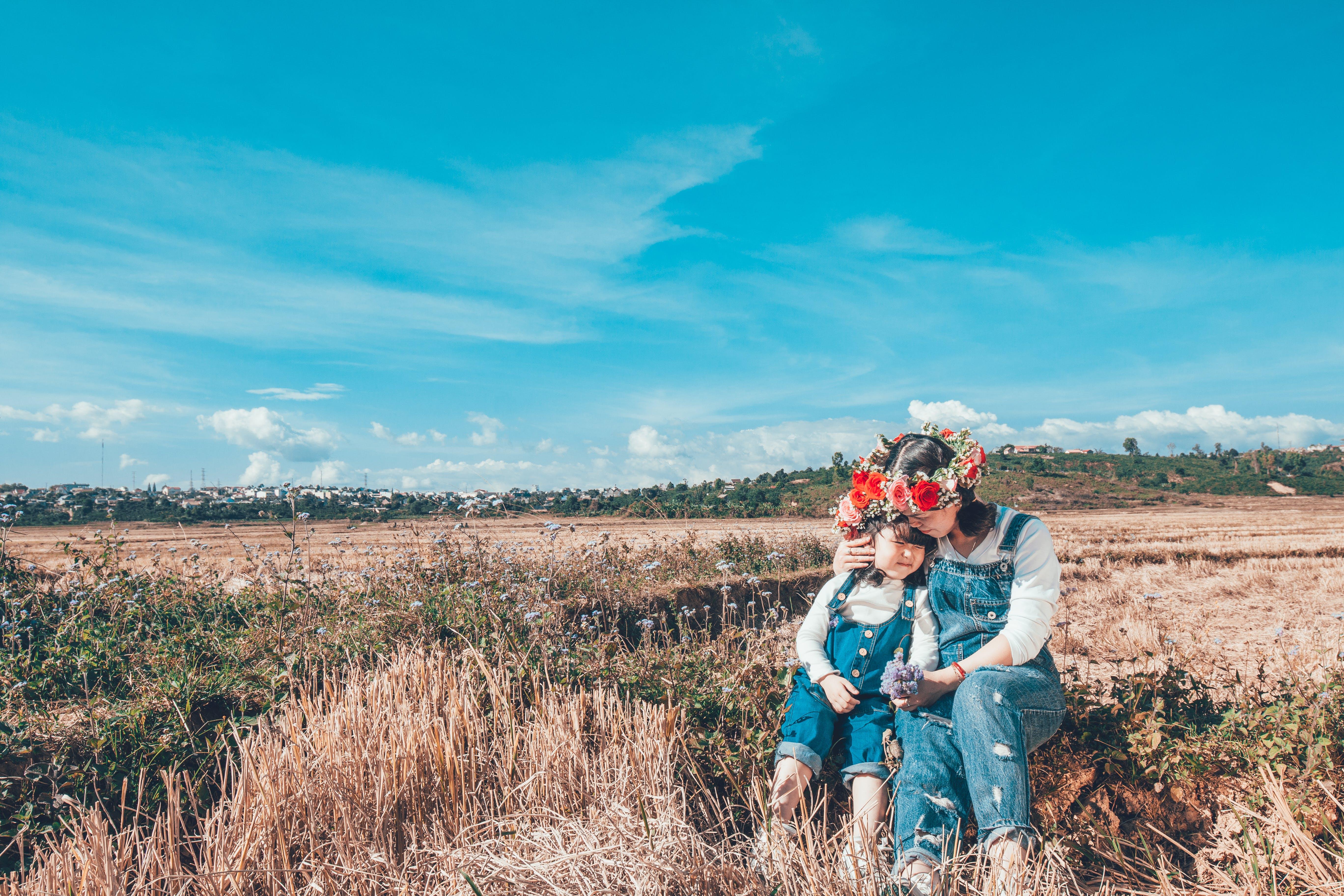 Gratis lagerfoto af asiatiske børn, bane, barn, blomsterkrone
