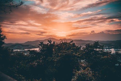 Kostnadsfri bild av bergen, gyllene timmen, himmel, kväll