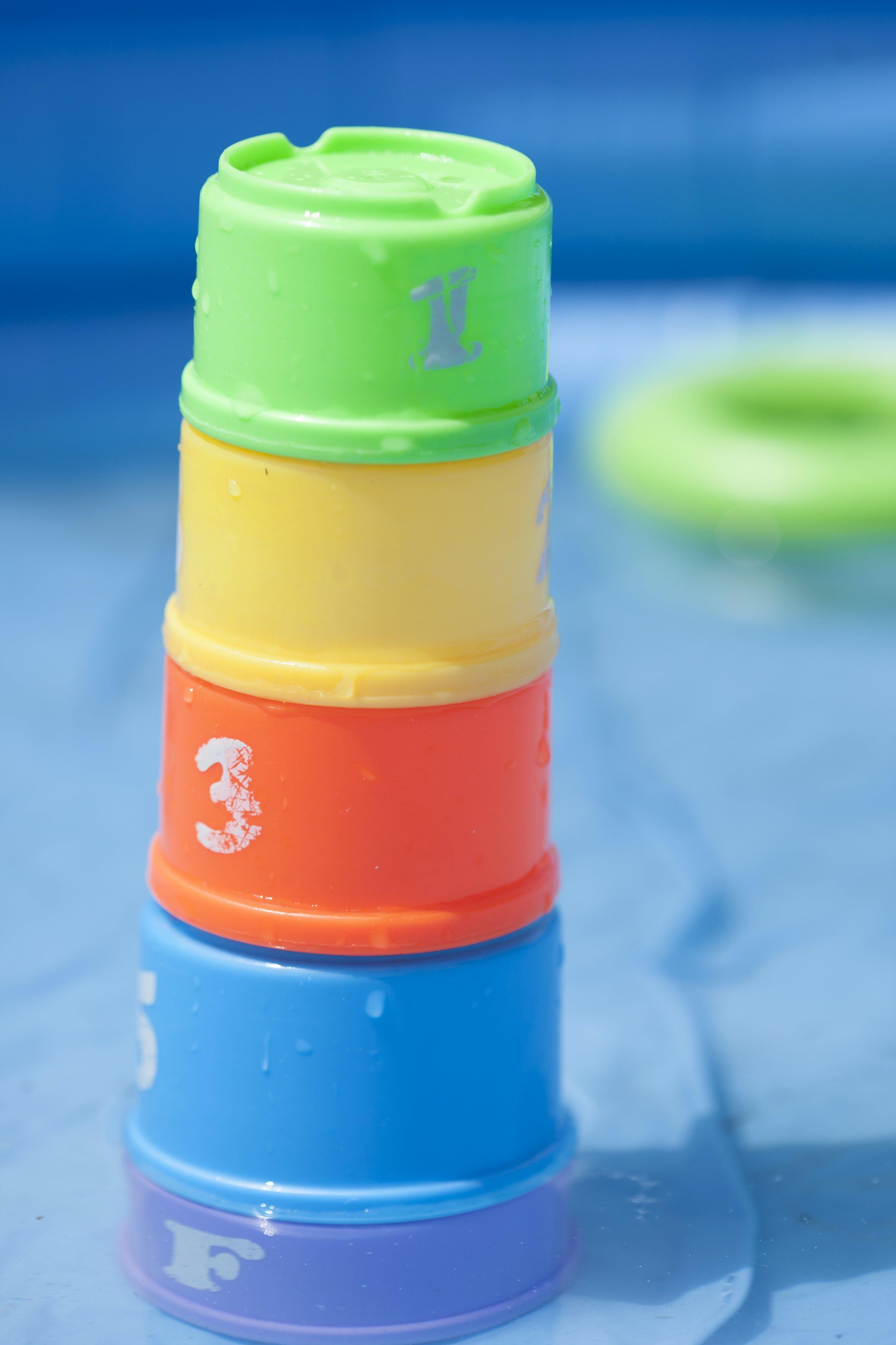 Kostenloses Stock Foto zu baden, kleinkind-spielzeug, sicherheit am pool, spielzeug