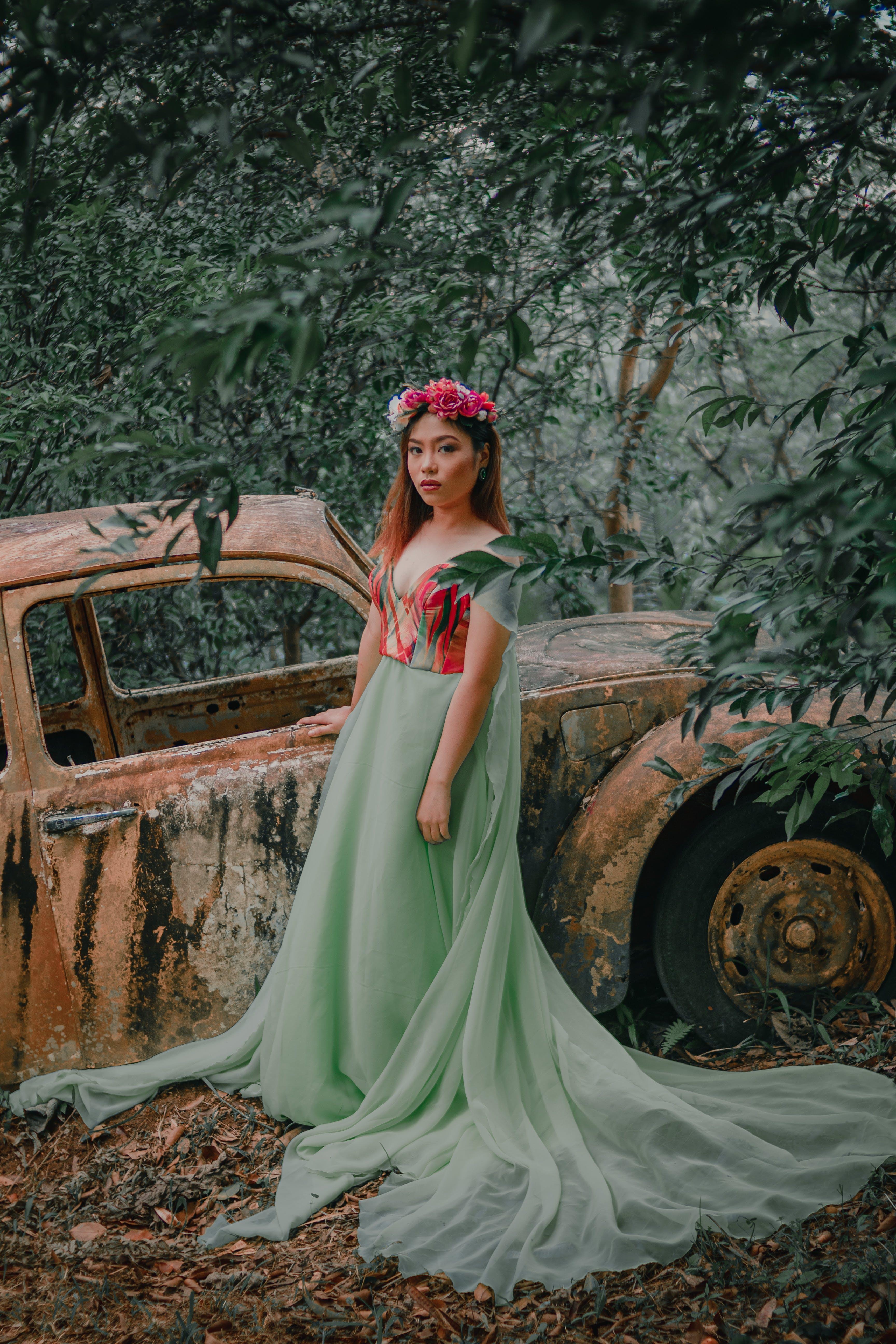 Foto stok gratis anggun, bagus, fashion, gaun