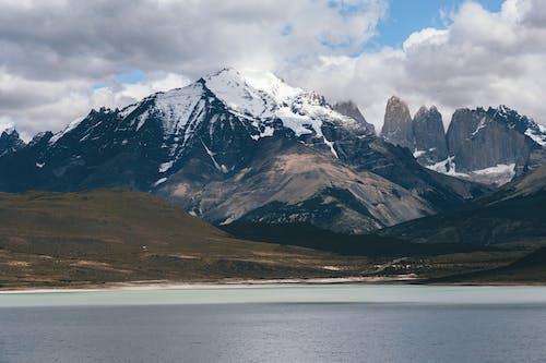Immagine gratuita di acqua, avventura, campo, cielo