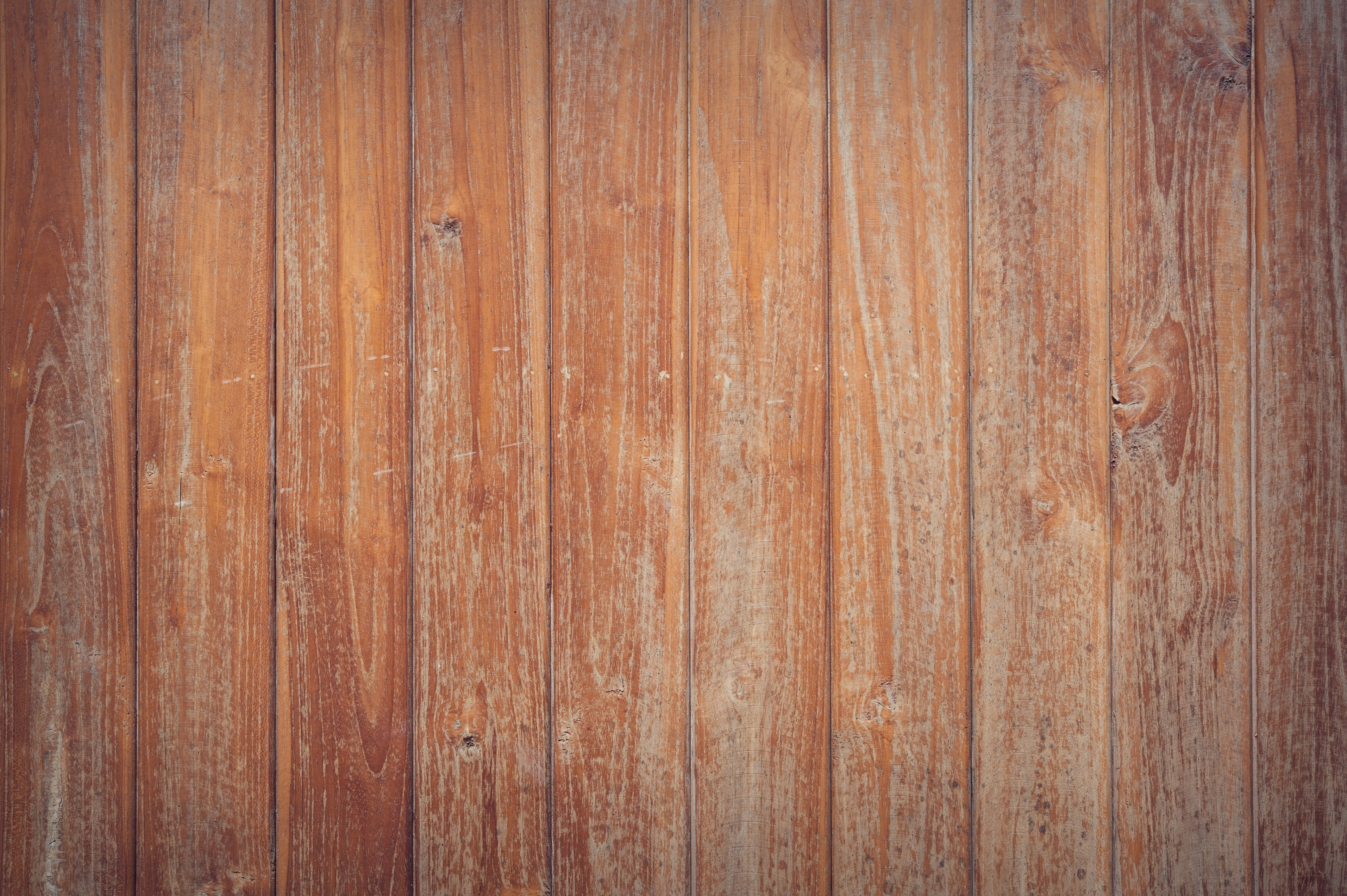 Brown wooden surface · free stock photo