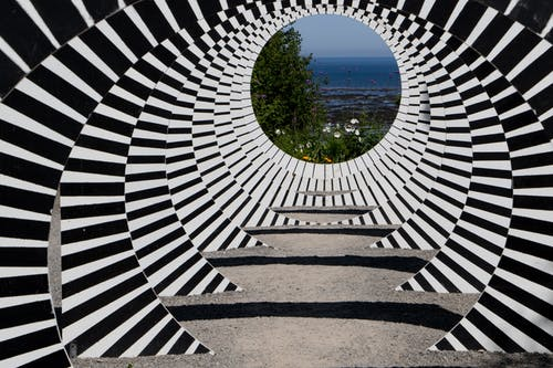 Foto profissional grátis de estrutura, fantasia, túnel