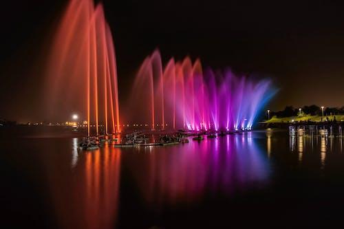 Gratis lagerfoto af aften, både, lys, refleksion