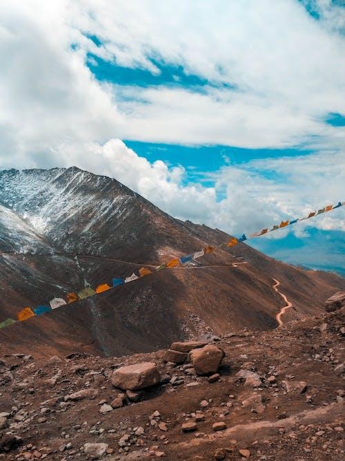 Бесплатное стоковое фото с геология, гора, дневной свет, долина