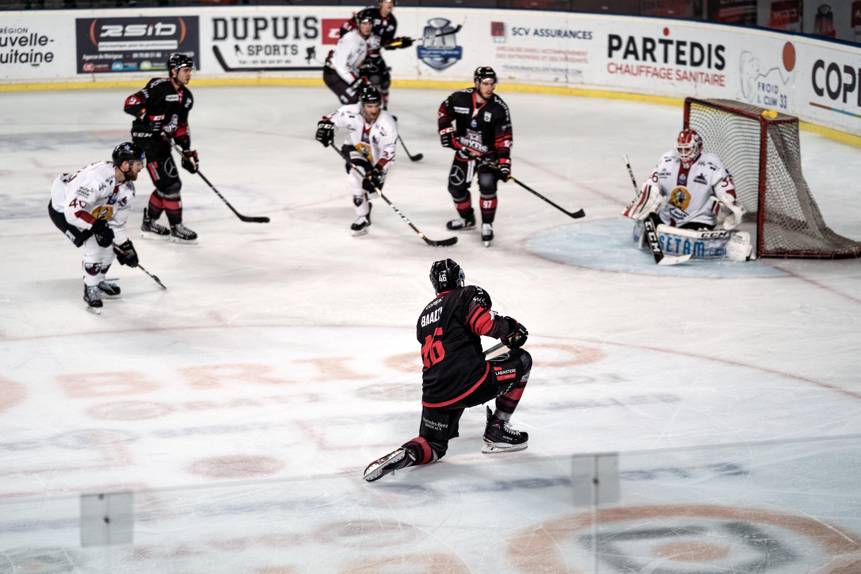Free stock photo of hockey, ice, ice hockey, stick