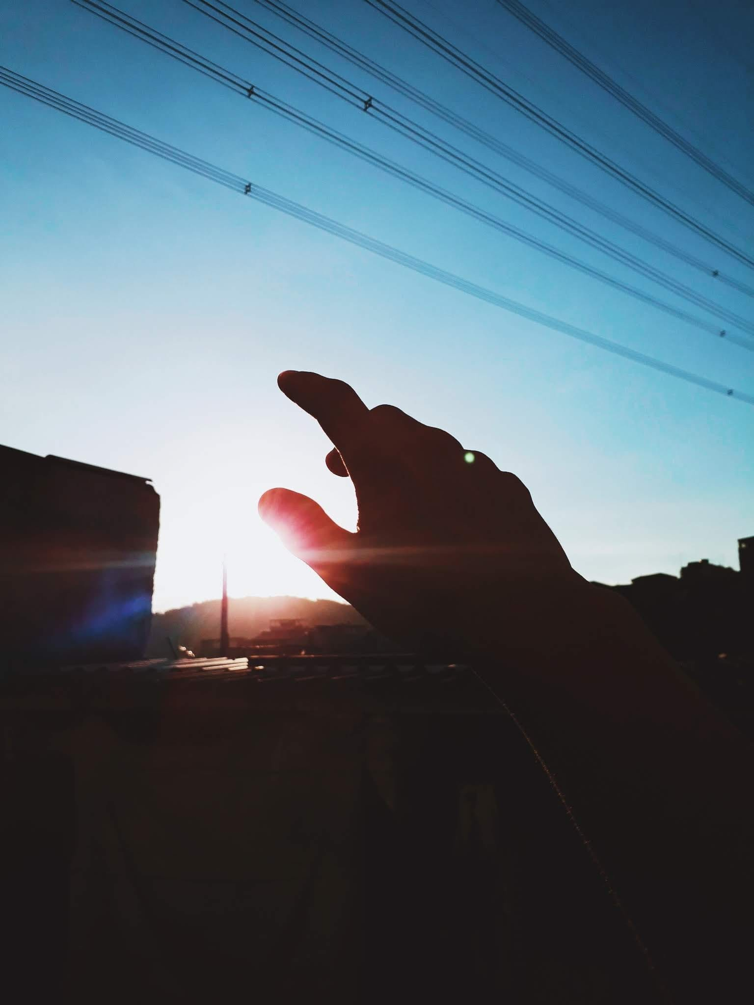 Silhouette of Right Hand