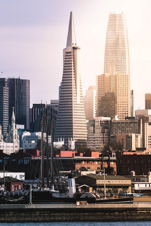 スカイライン, タワー, モダン, ランドマークの無料の写真素材