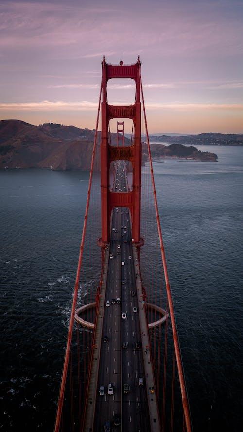 Fotobanka sbezplatnými fotkami na tému letecký záber, more, most, oceán