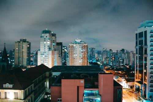 Immagine gratuita di architettura, centro città, cielo, città