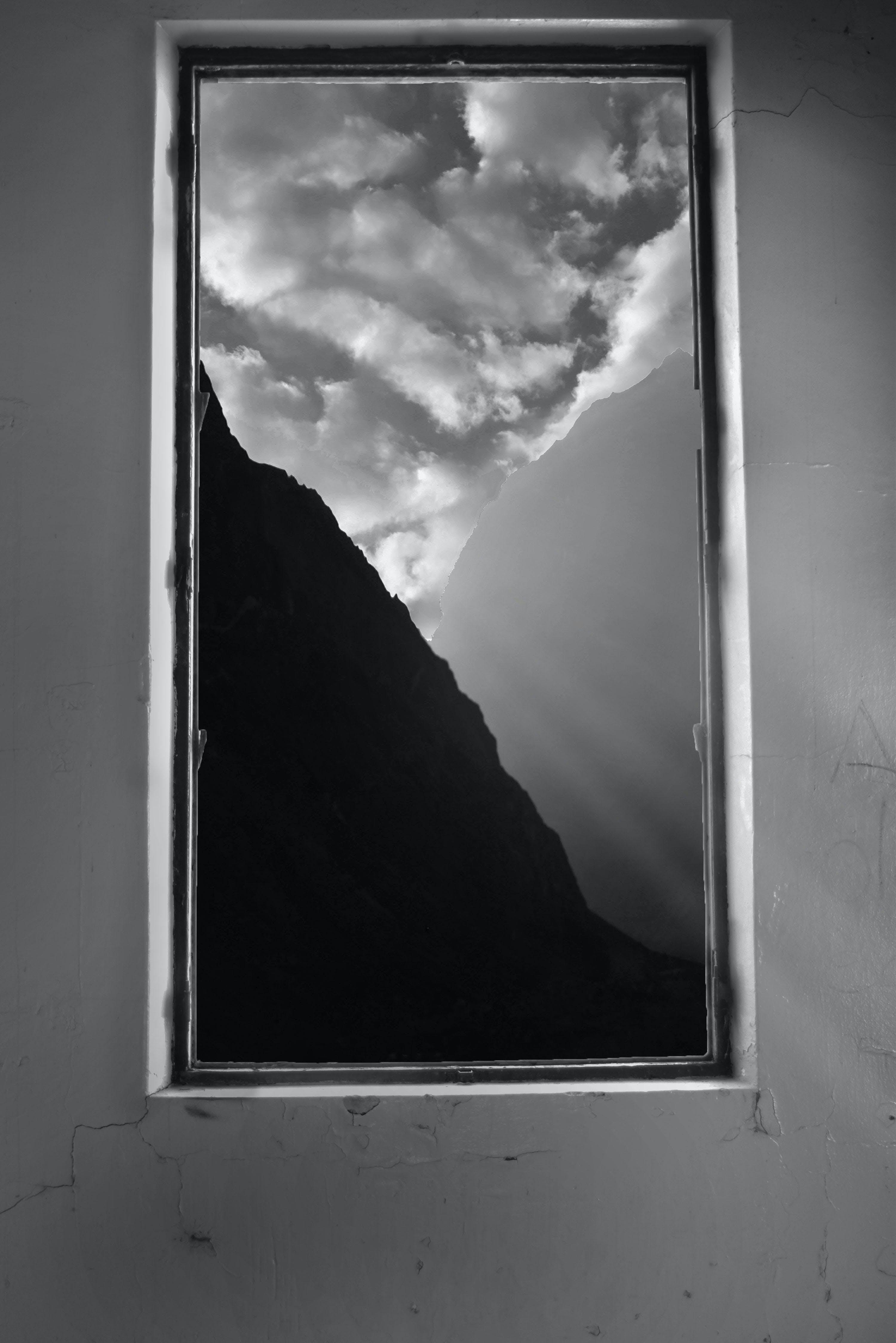 Free stock photo of alone, b&w, cloudy sky, contrast
