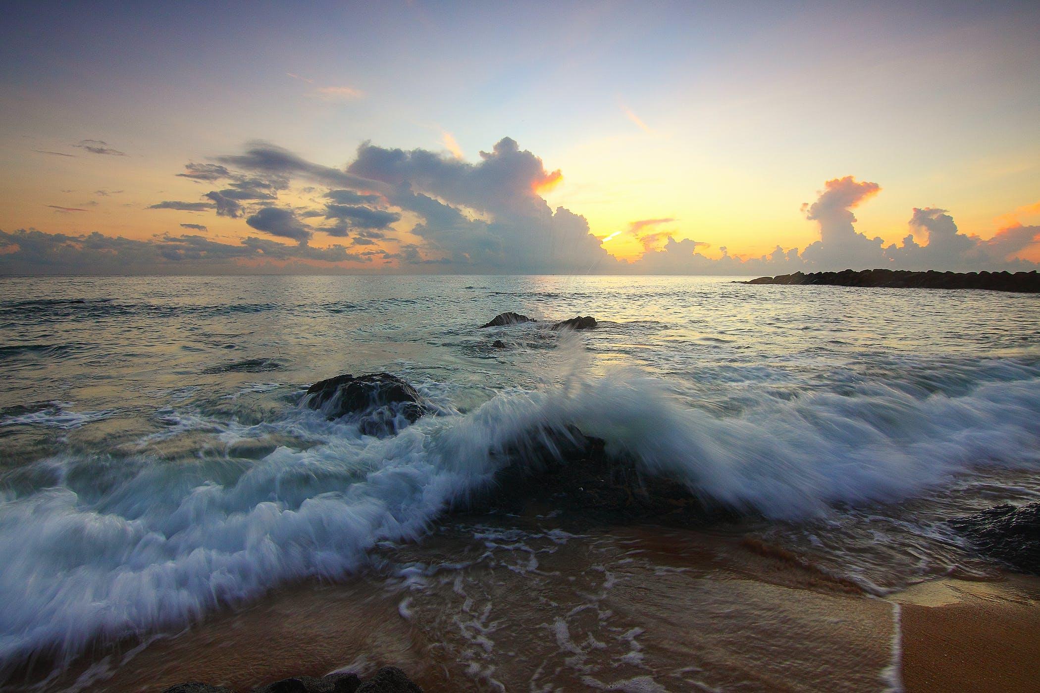 Δωρεάν στοκ φωτογραφιών με άμμος, αυγή, αφρός της θάλασσας, βραδινός ουρανός