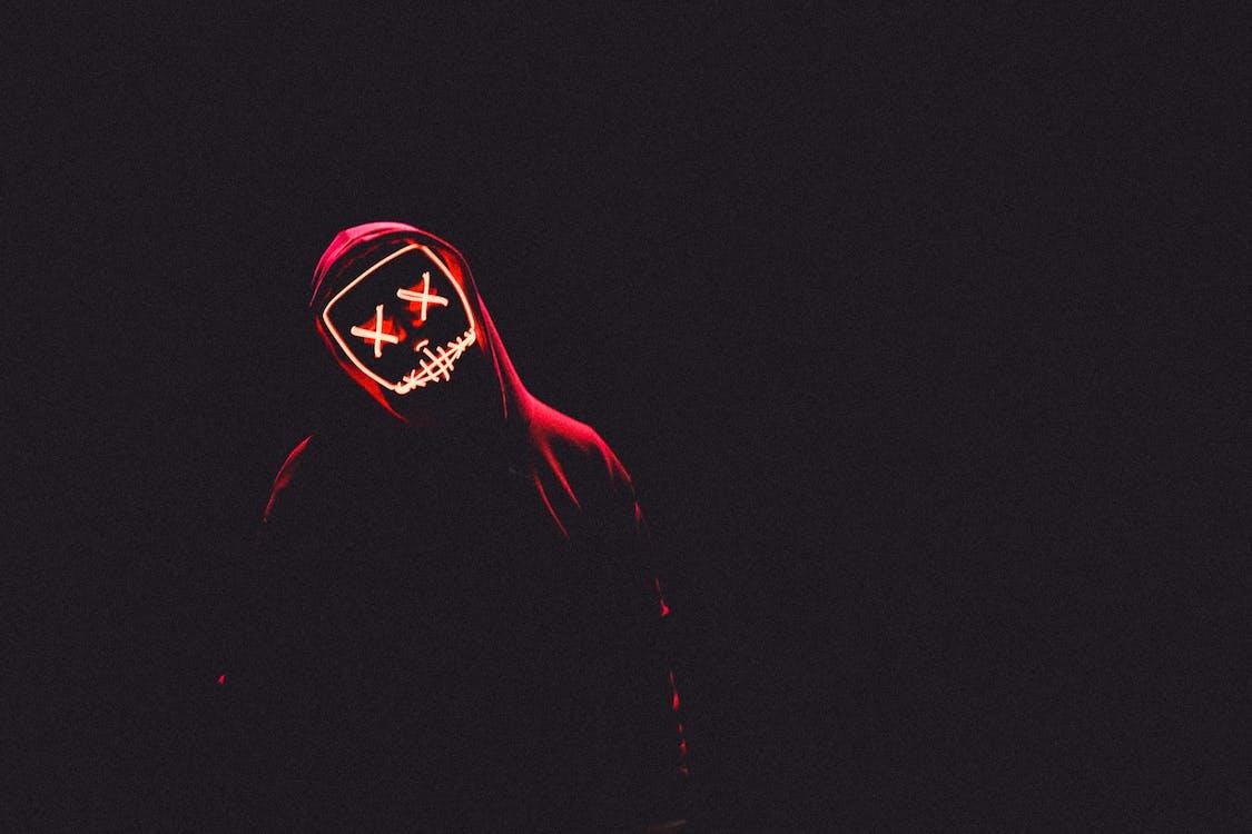 kostým, maska, mikina s kapucňou