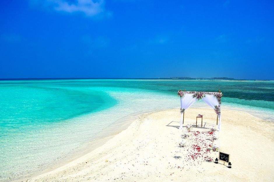 beach, beach wedding, bird's eye view