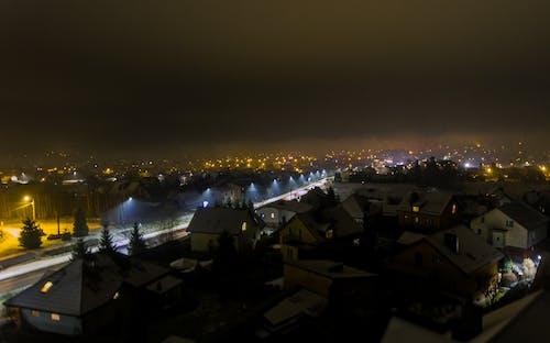 Photos gratuites de drone, nuit, photo avec un drone