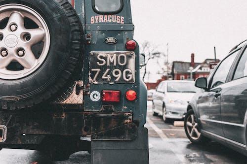 Základová fotografie zdarma na téma auta, automobily, brzdové světlo, červené světlo