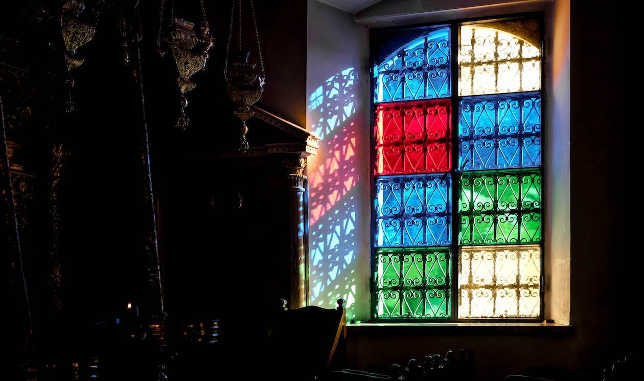 กระจกสี, มีสีสัน, สเตนกลาส