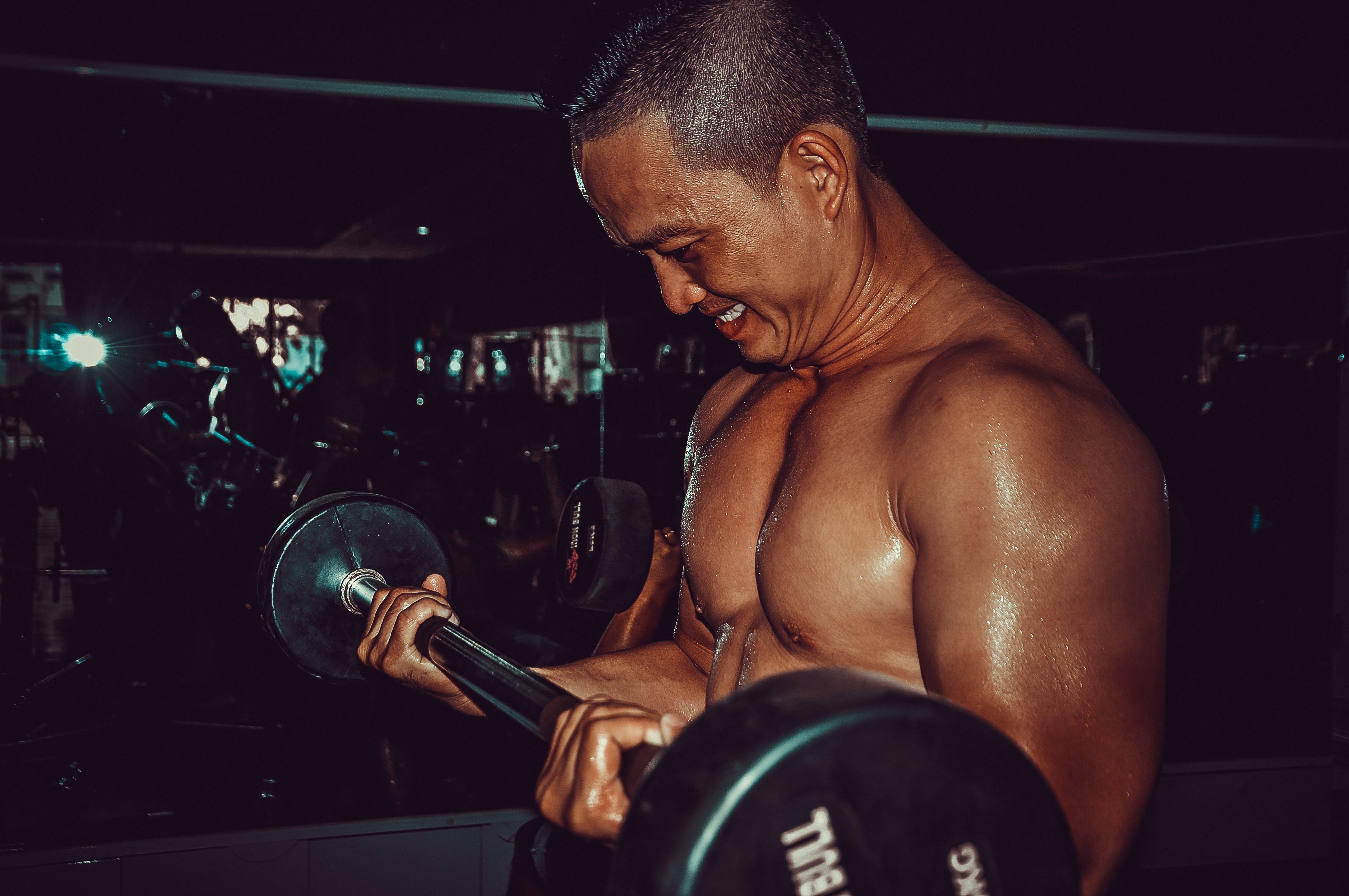 การยกน้ำหนัก, การออกกำลังกาย, คล่องแคล่ว