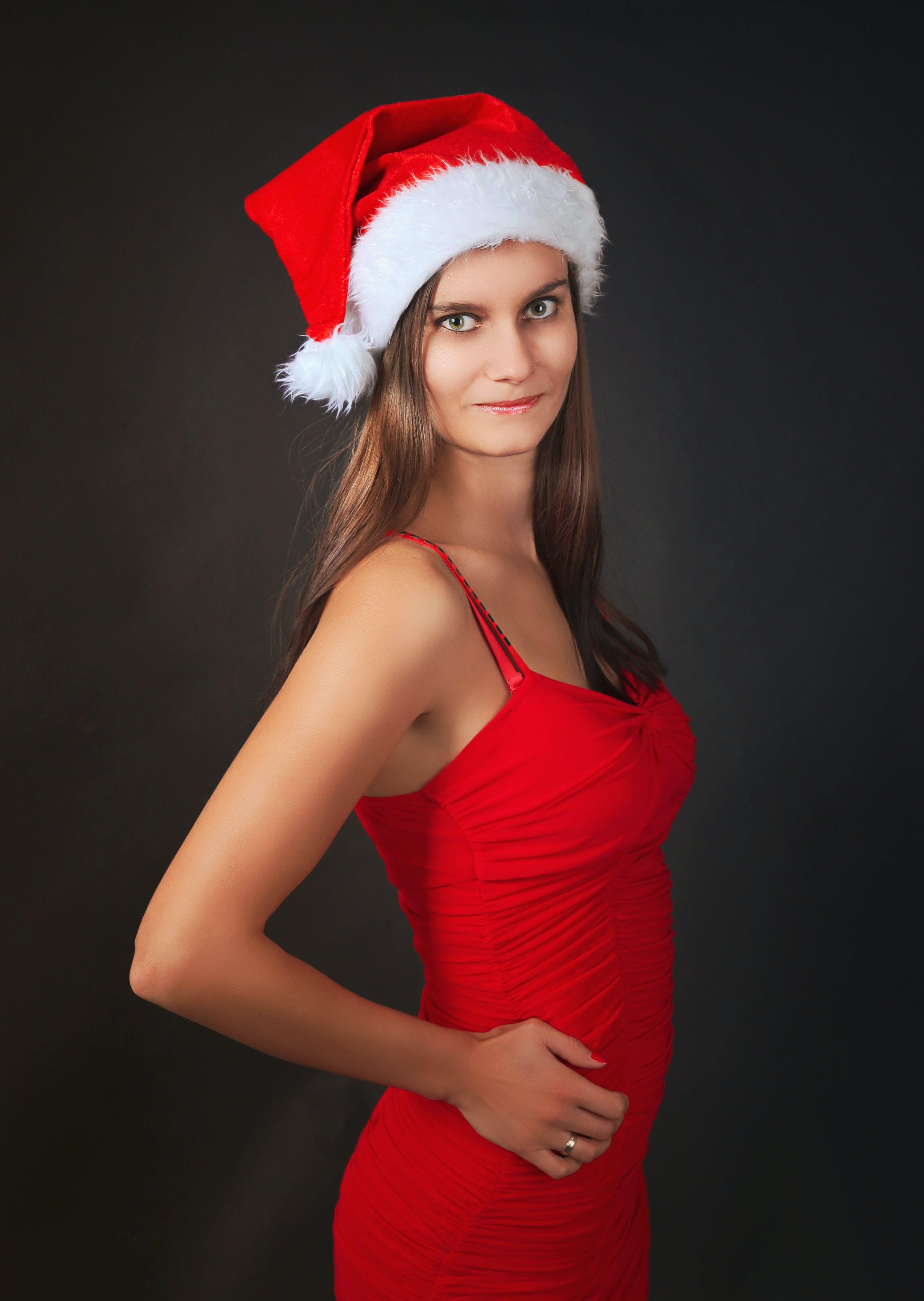 산타 모자, 산타 소녀, 여성, 여자의 무료 스톡 사진