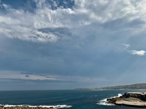 Avustralya, bulutlar, deniz kıyısı, gök gürlemesi içeren Ücretsiz stok fotoğraf