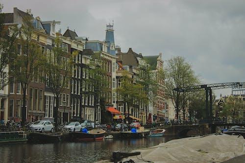 Ingyenes stockfotó Amszterdam, felhős ég, Hollandia, városi kihívás témában