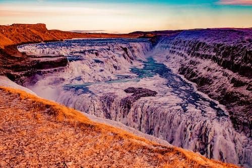 Foto d'estoc gratuïta de aigua, cascades, fons de pantalla, muntanya