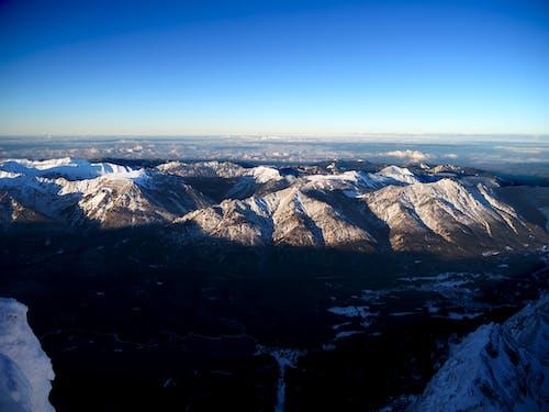 Безкоштовне стокове фото на тему «іній, аерознімок, Аерофотозйомка, вершина гори»