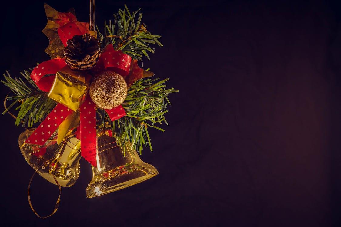 cloches, décor de noël, décoration de noël