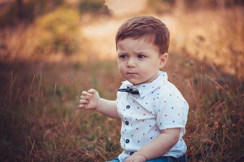 아이의 무료 스톡 사진