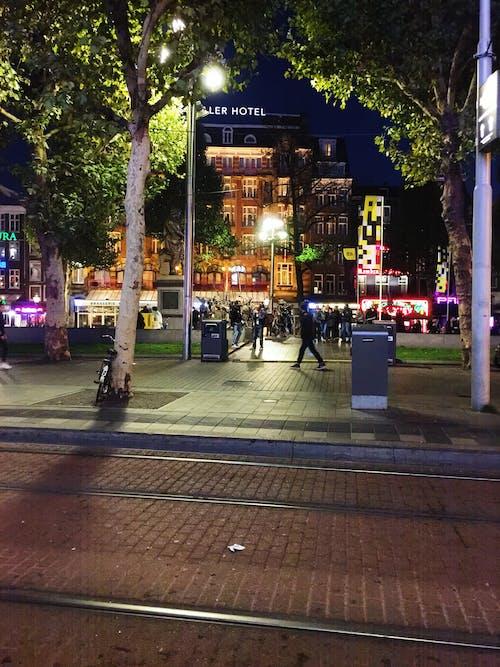 にぎやかな通り, アムステルダム, ホテル, 夜の街の無料の写真素材