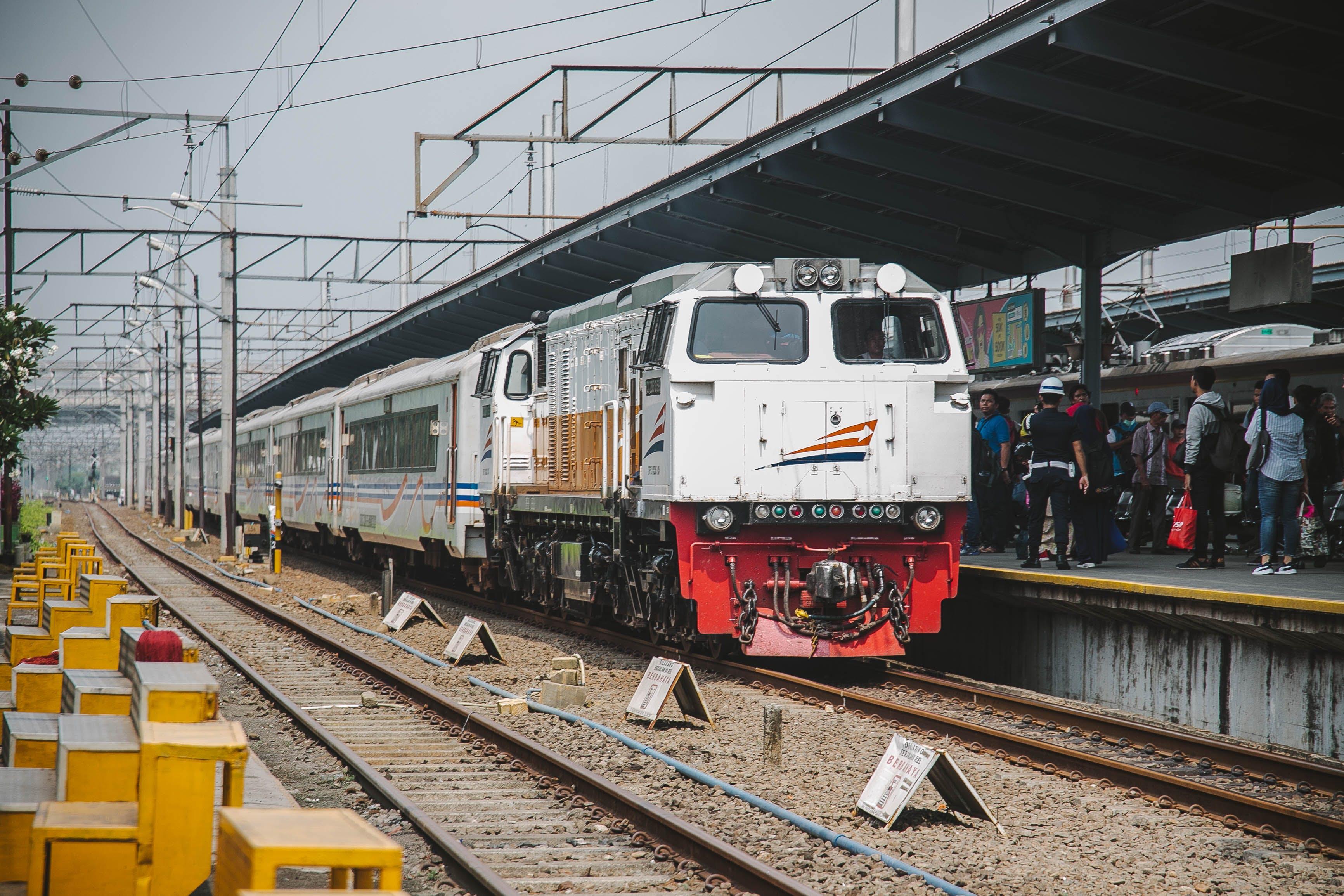 Free stock photo of trains