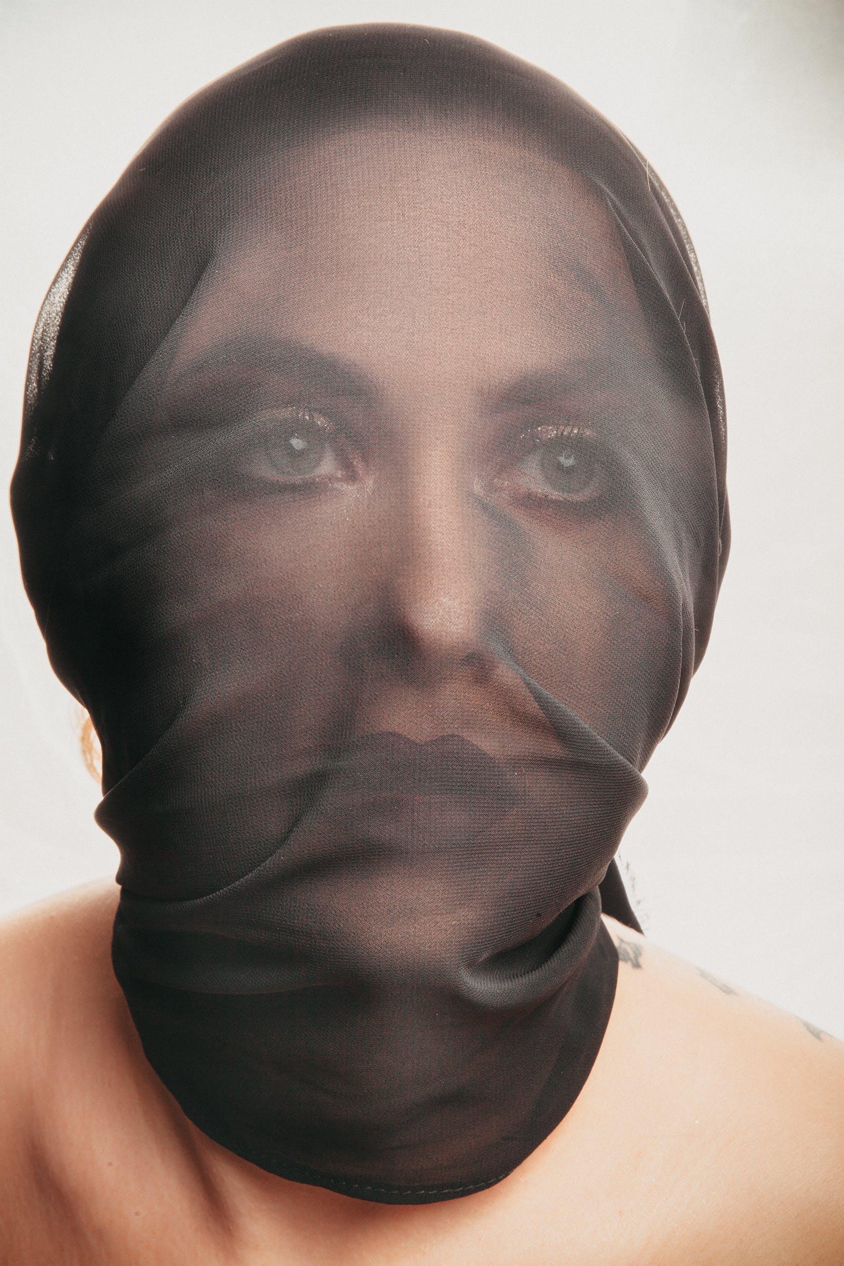 Gratis lagerfoto af afslappet, alvorlige, ansigtsudtryk, close-up