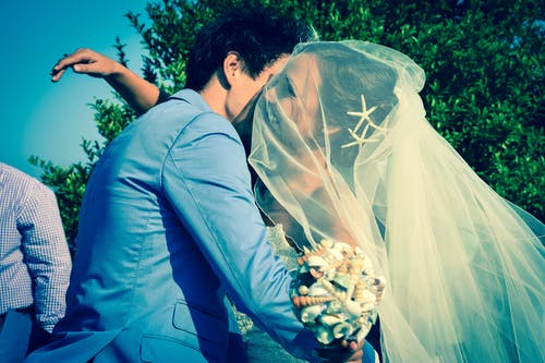 人, 女人, 婚禮, 婚紗禮服 的 免費圖庫相片