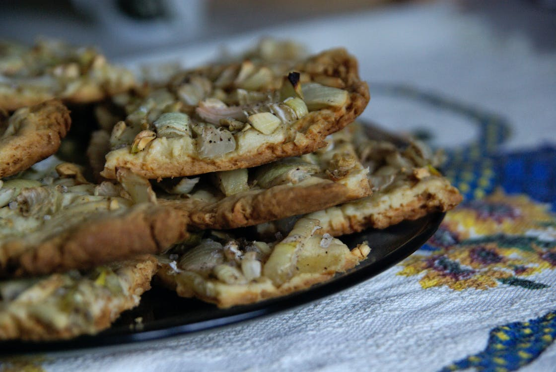 Free stock photo of onion, pie, piece