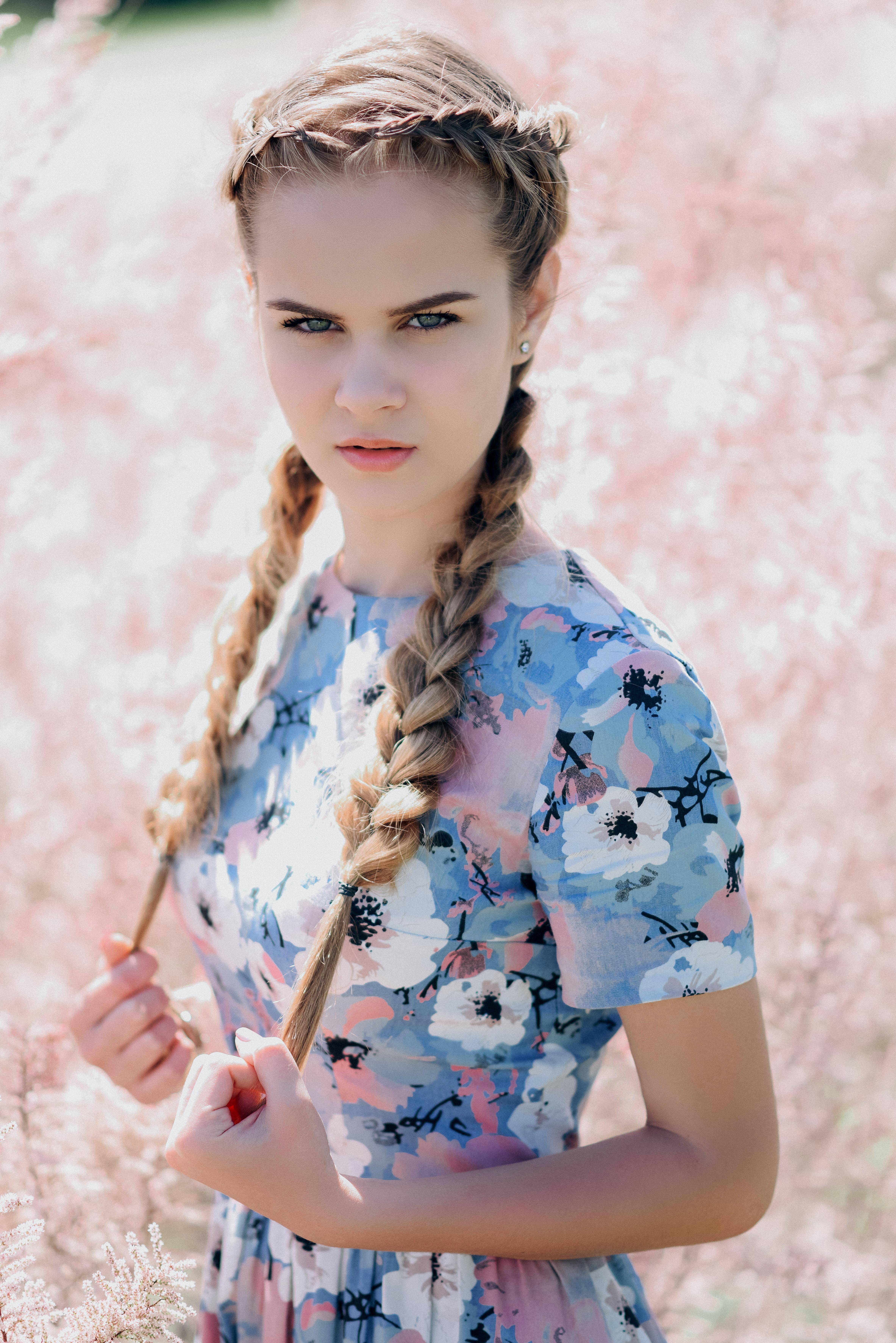 Free stock photo of baby girl, beautiful flowers, beautiful girl, fashion photography