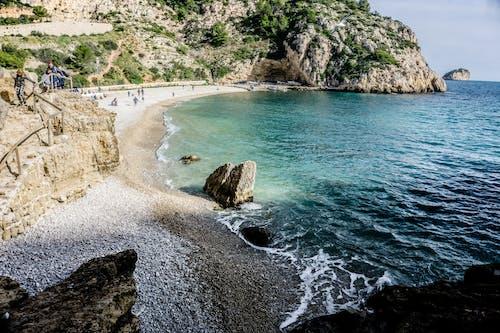 Безкоштовне стокове фото на тему «берег, берег моря, камені, мальовничий»