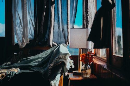 Foto d'estoc gratuïta de cel, cel blau, conjunt de roba, cortines