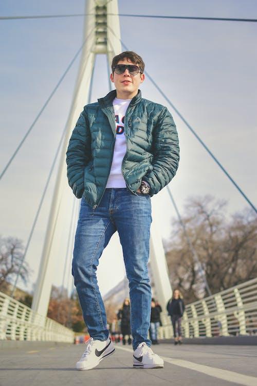 adam, aşındırmak, kişi, köprü içeren Ücretsiz stok fotoğraf